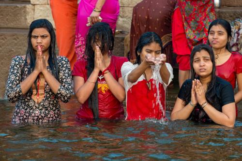 2 bathing in the ganges