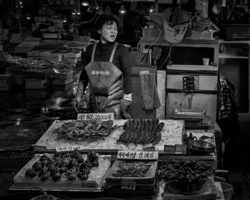 2 Fish market A Lorraine Hardy