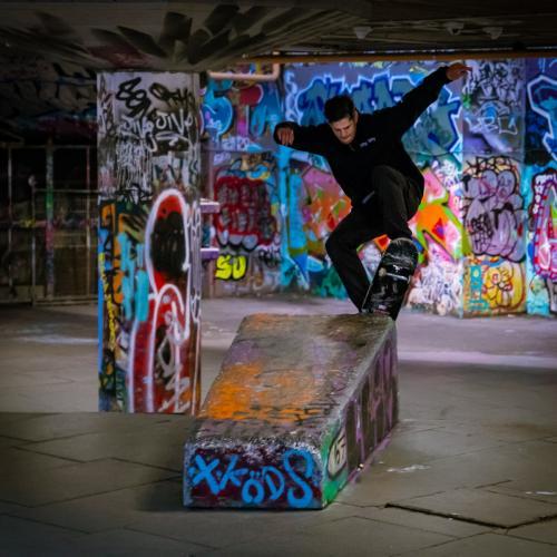 1 Street Acrobatics