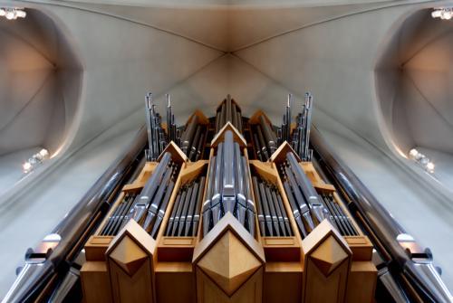 R Reykjavik Cathedral Organ