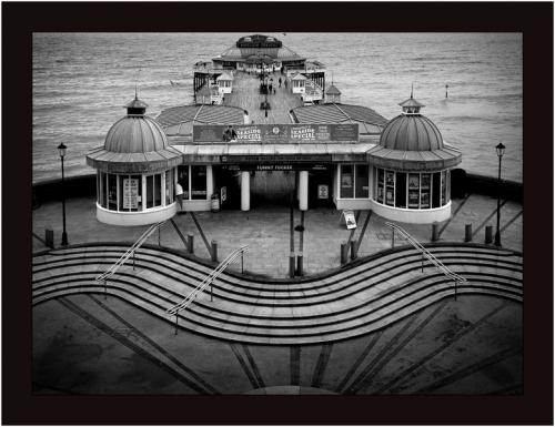 Adv pdi HComm Quiet Moment on Cromer Pier Michael Mutimer