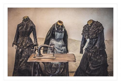 Adv Print LJCarruthers The Headless Seamstresses Comm (1)