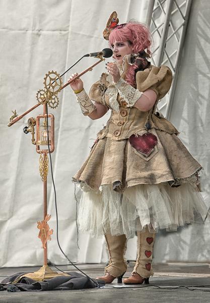 Adv Print Ralph Duckett Alice's Night Circus Hcomm (1)